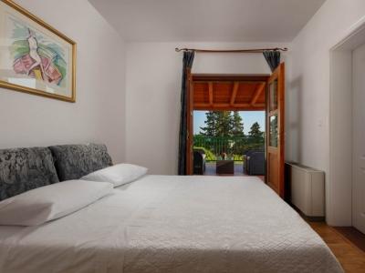 Book Now Villa Liza | 4 Bedrooms Villa