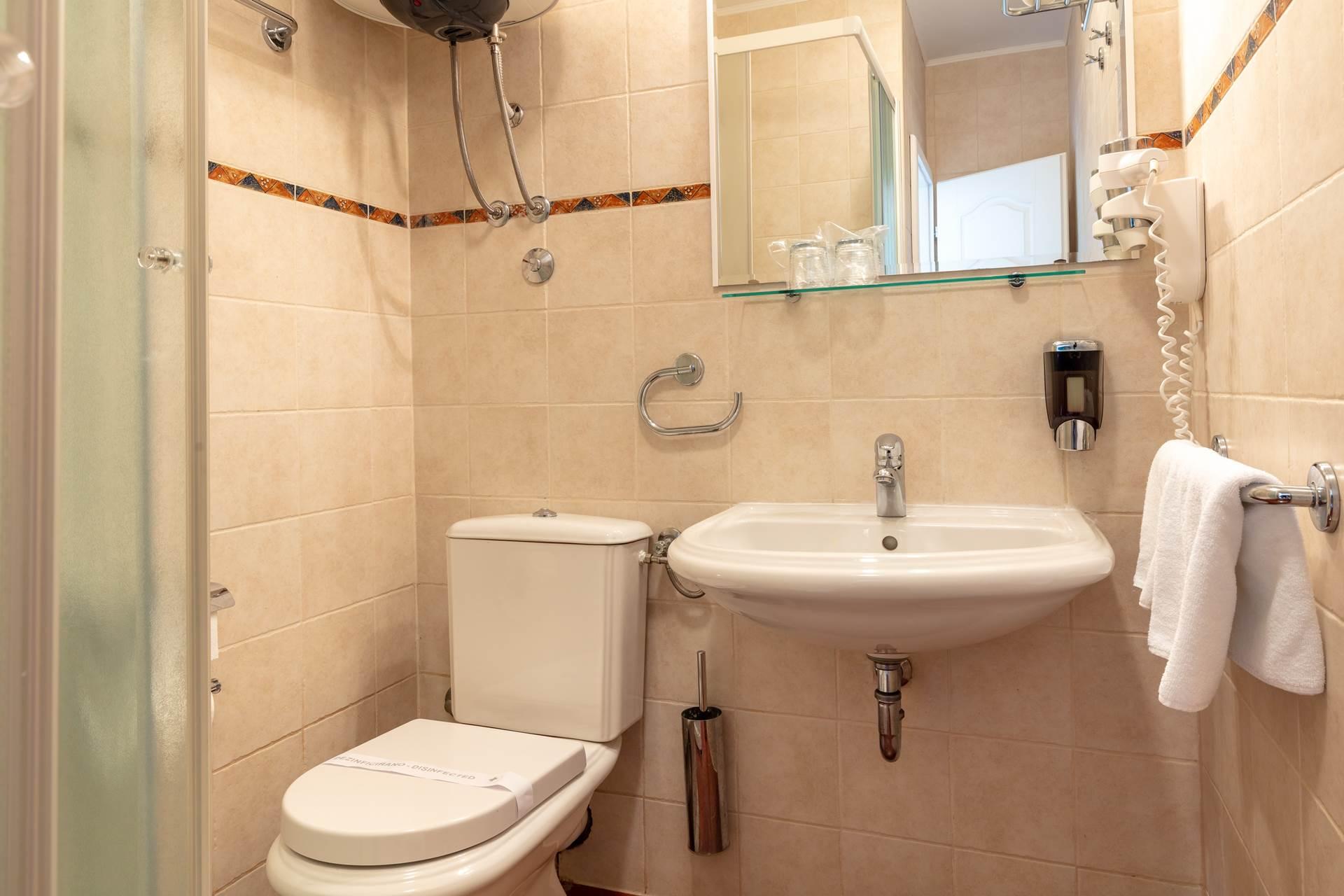 Toilet| Villa Liza
